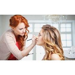€29 Makeup Artist