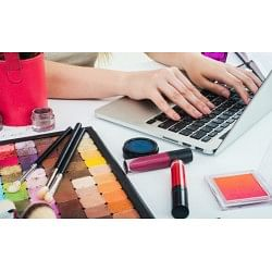 €29 Become a Freelance Makeup Artist